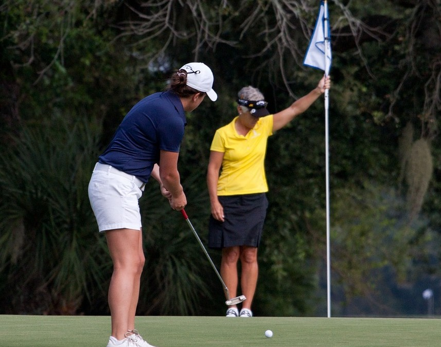 How To Stop Worrying About What Other Golfers Think About Your Game
